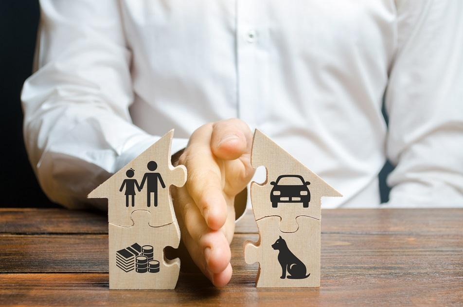 ¿Cuáles son las diferencias entre separación de bienes y gananciales en el matrimonio?